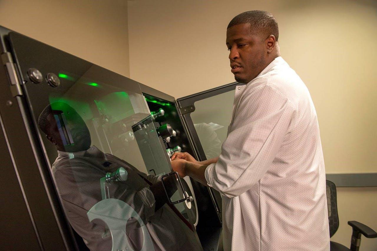 Digital film scanning Lasergraphics Director 10K scanner